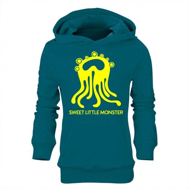 Sweet Little Monster Explores2